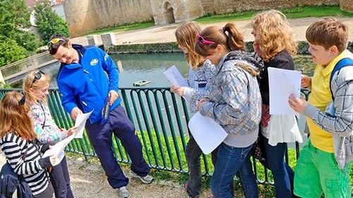 Voyage scolaire pour les primaires, en France